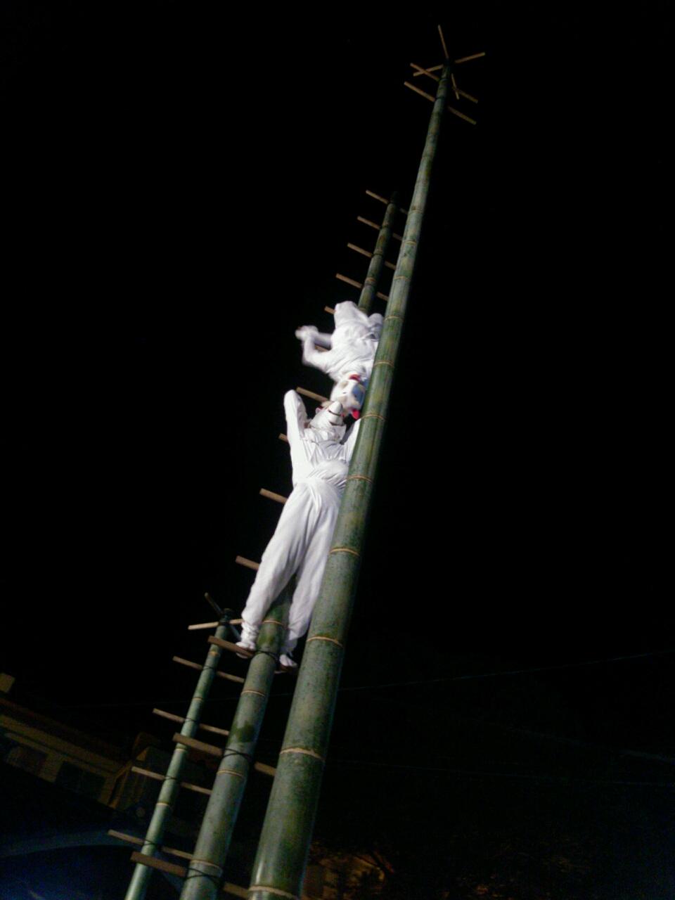 【長崎市】若宮稲荷神社の秋の大祭「竹ン芸」