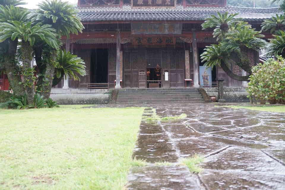 元和6年(1620)に渡来した真円によって開基されたわが国最初の唐寺 興福寺