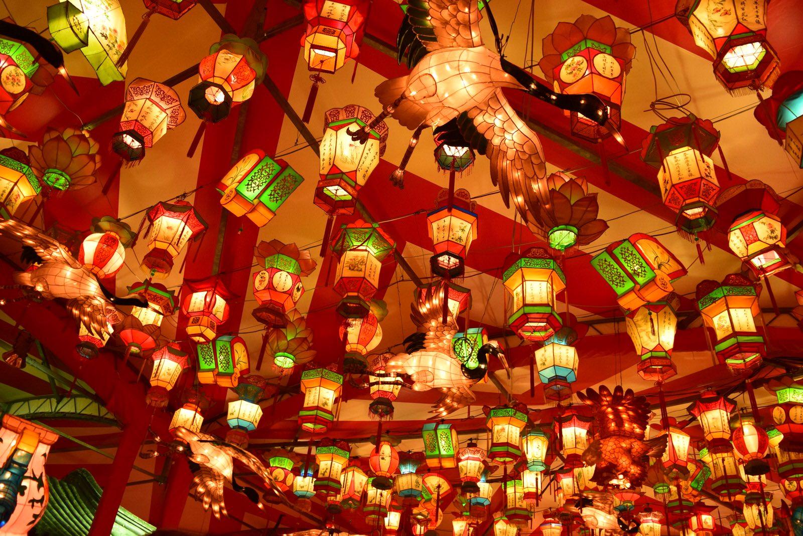 長崎のランタン祭りは、本家中国よりも凄い。