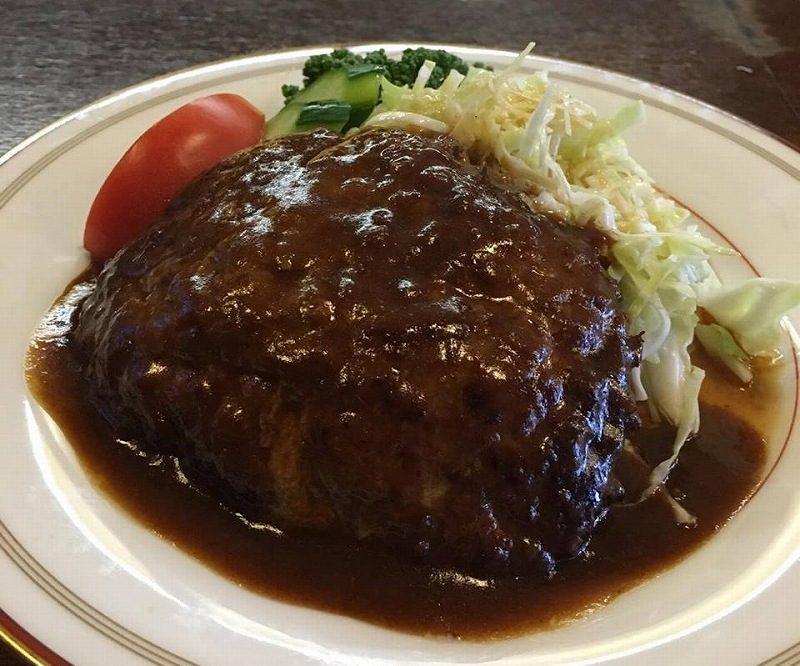 壱岐・郷ノ浦の人気店「トロル」の壱岐牛ハンバーグが絶品。さらに裏メニューなど魅力がいっぱい!