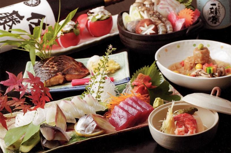 長崎駅から徒歩5分もあれば行ける!ランチやディナーの美味しいグルメ9選!