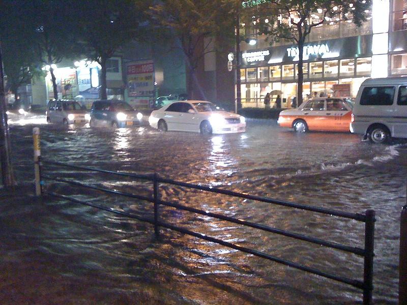 長崎大水害から35年!被害の原因から水害が起きたときの対策を考えよう