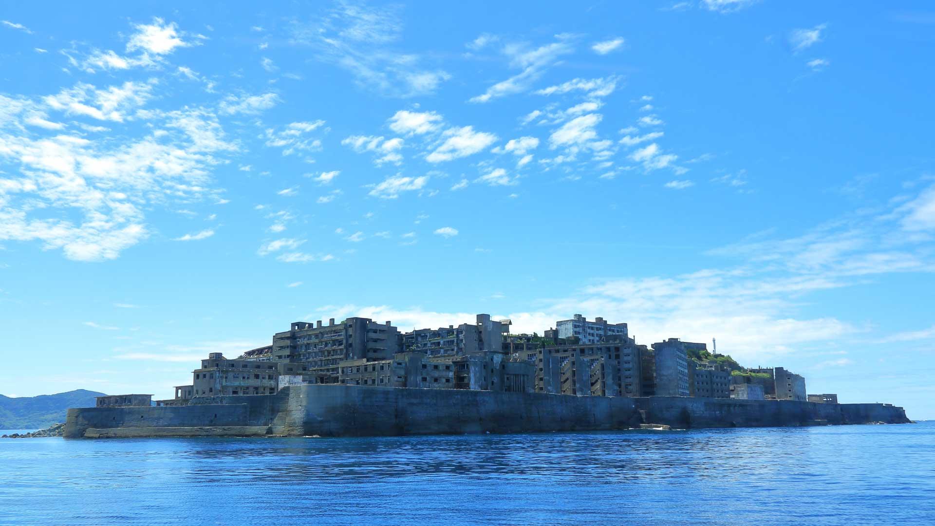 超ローカルな軍艦島上陸ツアー「アイランド号」!【長崎市】