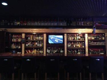 船大工町にアメリカンテイストバー『Bar BoilerMaker』オープン